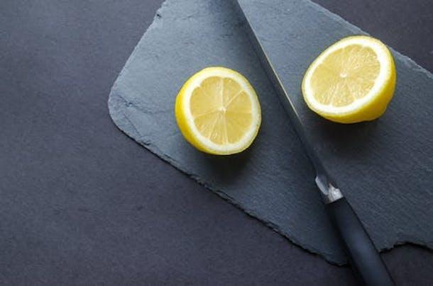 Acne Problems: HERE's how lemon can help you to get rid of acne