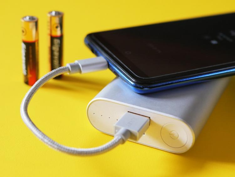 Charging your phone often? Follow THESE simple tips to save phone battery and ensure it lasts longer