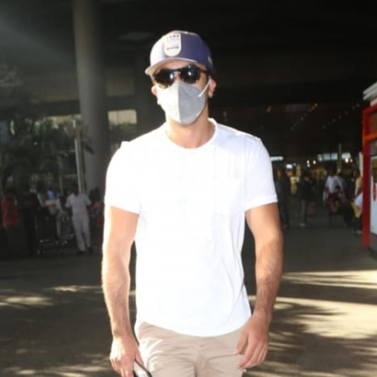 PHOTOS: Ranbir Kapoor walks out of the Mumbai airport with a mask on his face; Here's why