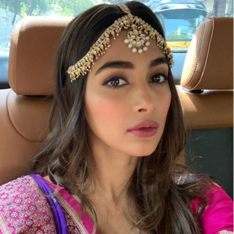 Pooja Hegde nails the selfie game as she poses like a pro; View PIC