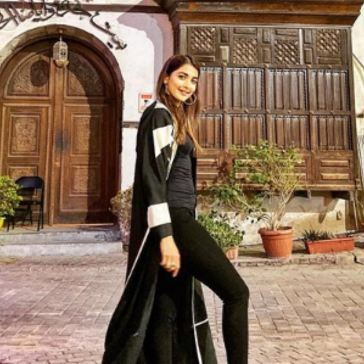 Pooja Hegde's PICS from Saudi Arabia will make you feel like travelling the world right away; Check them out