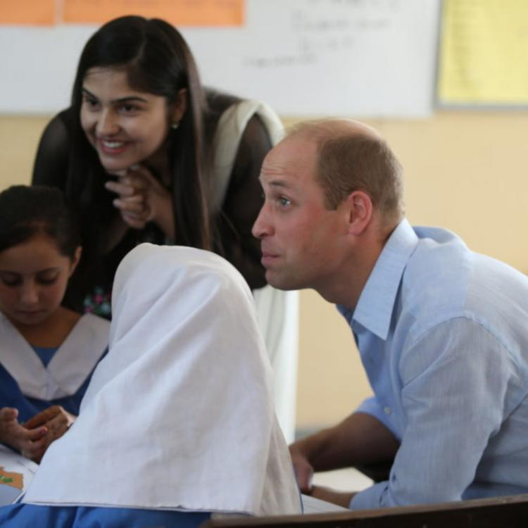 Kate Middleton Prince William in Pakistan: Duke of Cambridge has a heartfelt chat about Diana with schoolgirls