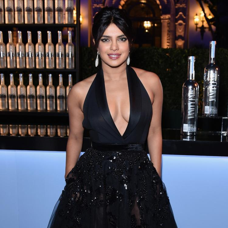Priyanka Chopra continues to dominate in the Top Actors category of Social Climbers Charts; Check Out