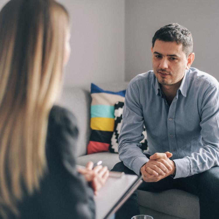 Psychologist vs Psychiatrist vs Psychoanalyst: What is the difference? Find out
