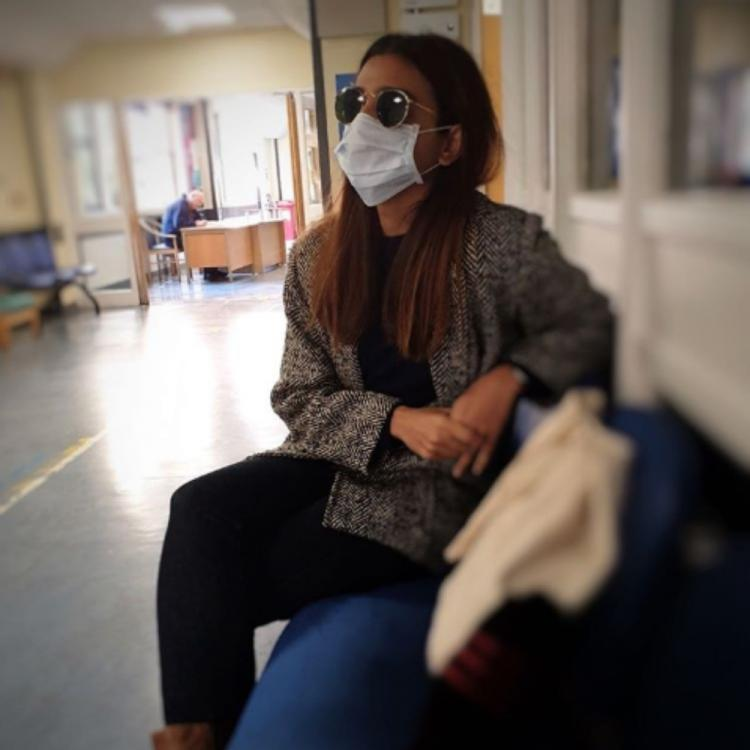 PHOTOS: Radhika Apte leaves fans concerned as she visits the hospital during quarantine period