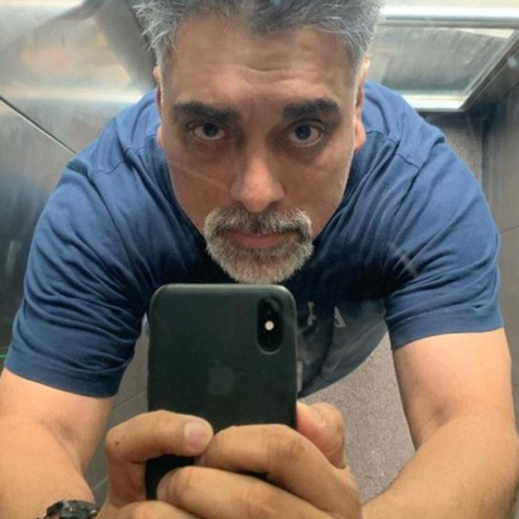 Popular television actor Ram Kapoor shocks his fans with his latest transformation; See Pics