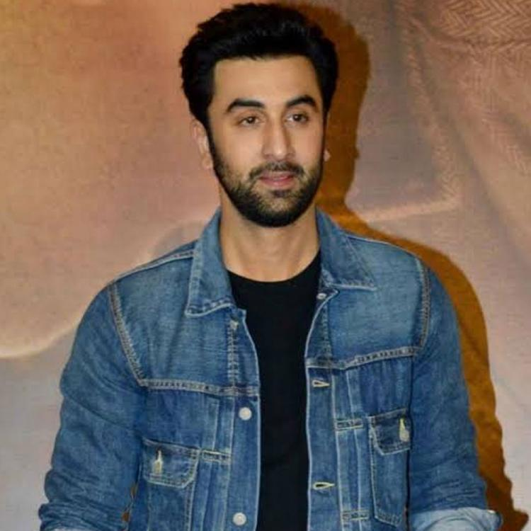 Shamshera: Ranbir Kapoor looks unrecognisable in a beefed up avatar on the film's set; See Pics