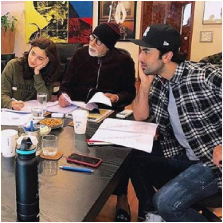 Ranbir Kapoor, Alia Bhatt, Big B paying attention to Ayan in a throwback pic makes us excited for Brahmastra