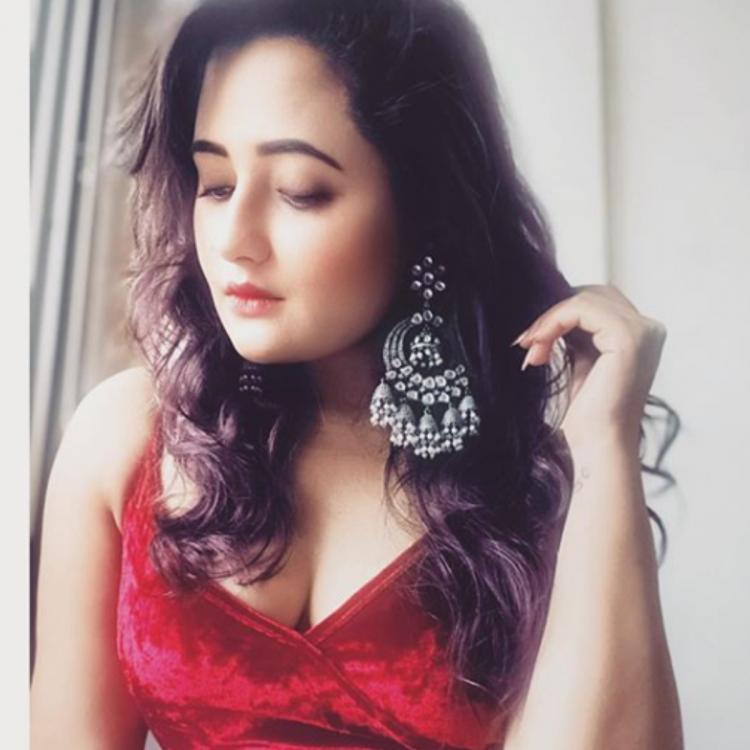 Rashami Desai nails the perfect liquid eyeliner look and it is every girl's dream; See Pic