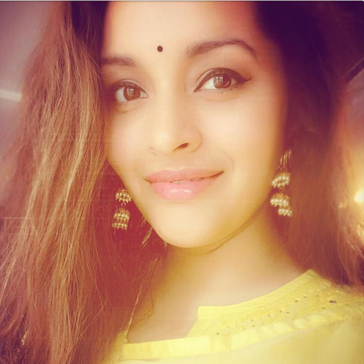 Renu Desai from not taking alimony from Pawan Kalyan to being a great mom, proves to be a strong headed woman