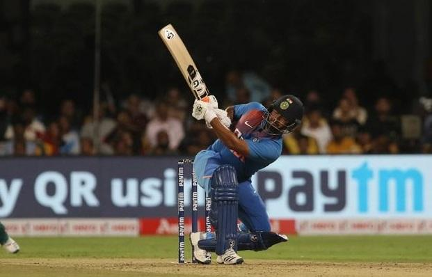 VVS Laxman gives solution to Rishabh Pant's batting issue, wants these players to be tried at No 4