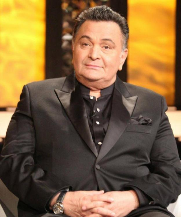 Rishi Kapoor denies any plans of returning to India this month