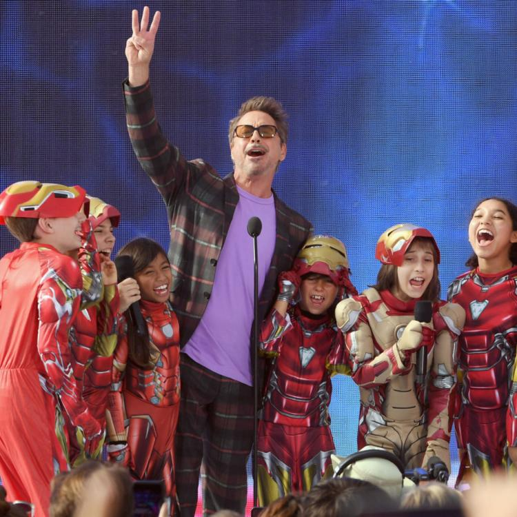 Teen Choice Awards 2019 winner Avengers: Endgame star Robert Downey Jr SURPRISES little Iron Man fans