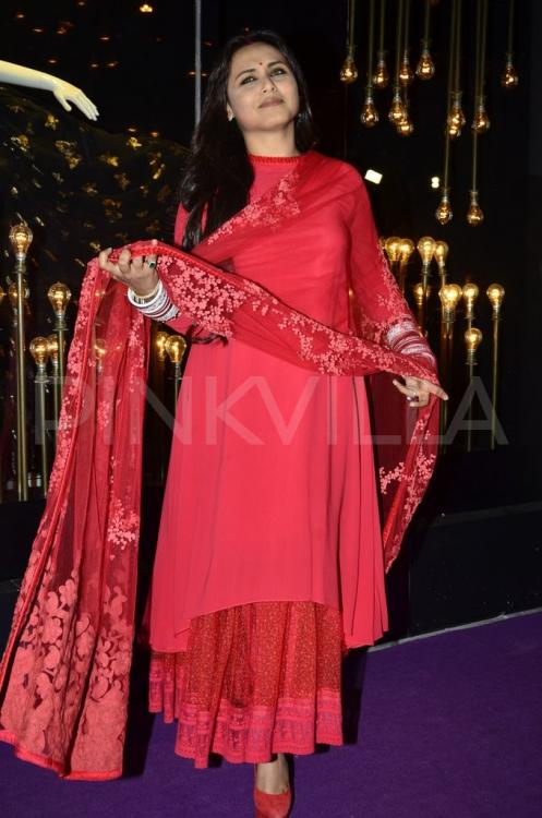 New bride Rani Mukerji\'s first public appearance after marriage ...