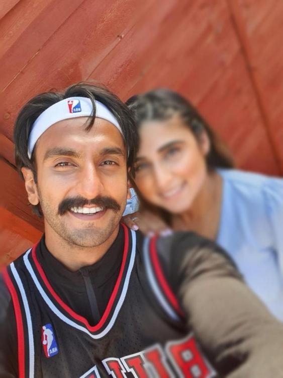 Ranveer Singh pays a surprise visit on hearing about a fan's pregnancy and we think it is adorable
