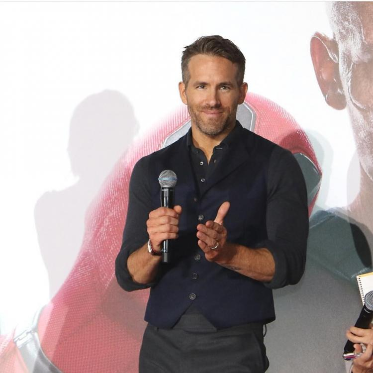 Ryan Reynolds congratulates the team of Joker for becoming the highest grossing movie