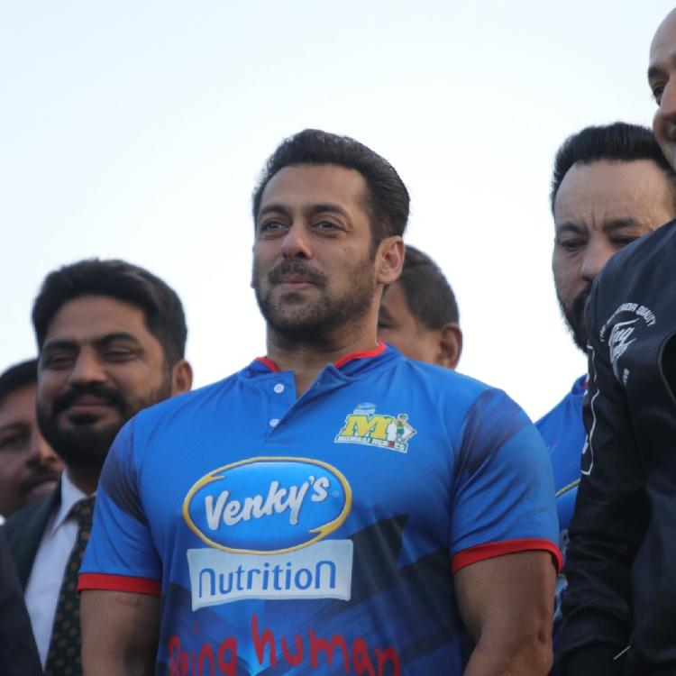 Bharat: Salman Khan promotes his film along with the win of Indian music label