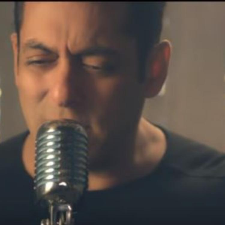 Salman Khan sings a new romantic song Main Taare for his upcoming production Notebook; Check it out