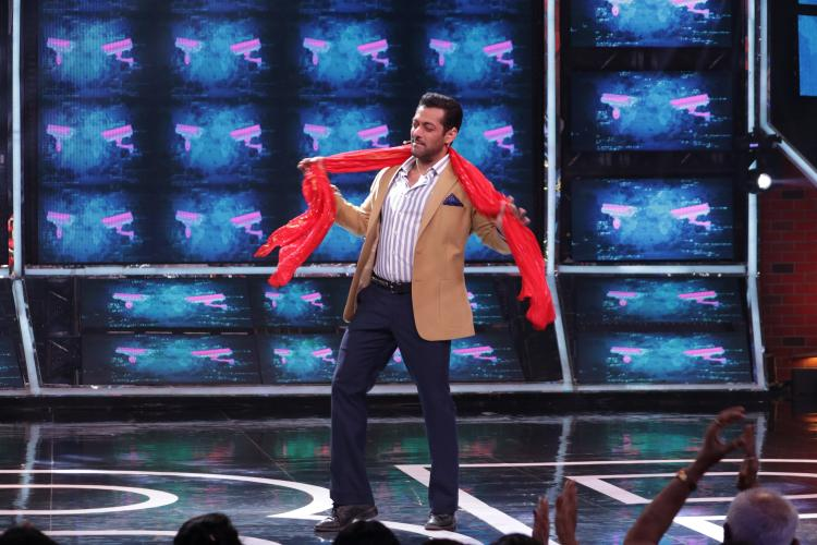 Bigg Boss 13, Day 13 Synopsis: Salman Khan blames Paras for creating confusion, Sunil & Haarsh grace the show