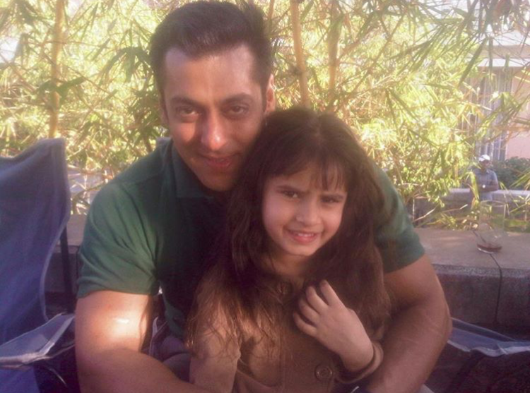 Throwback Thursday: Salman Khan's PHOTO with Raveena Tandon's daughter is pure gold; Take a look