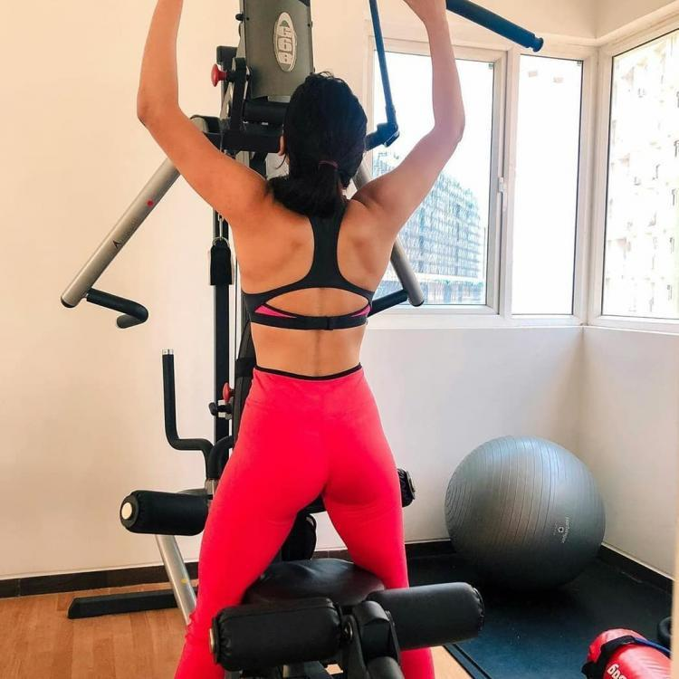 Samantha Akkineni shares her workout secret 'all in 60 seconds' while giving a glimpse of her gym