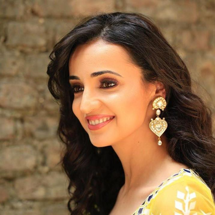 Sanaya Irani admits she gets scared of ghost stories in real life