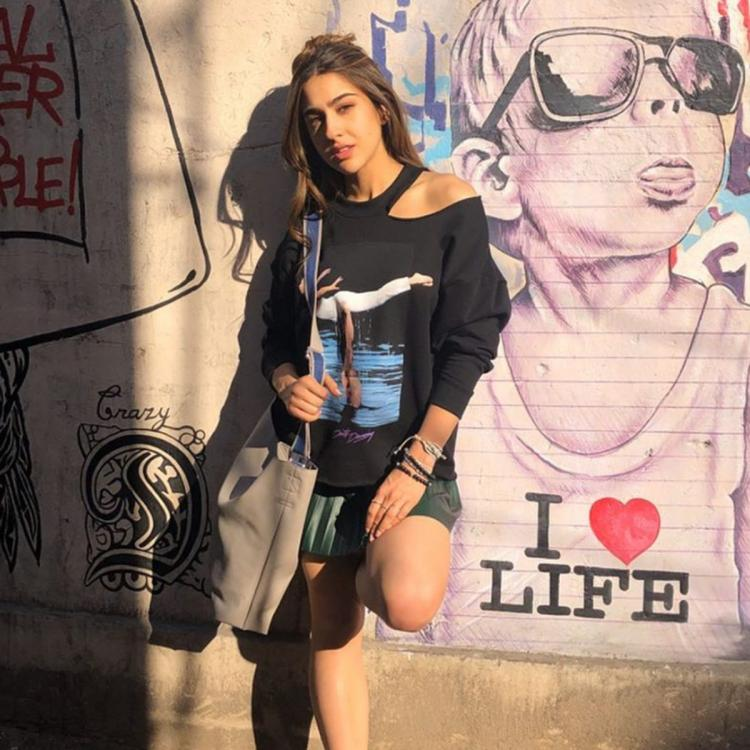 Sara Ali Khan shares her Monday motivation to 'fall in love with life' and shares BTS photos from Love Aaj Kal