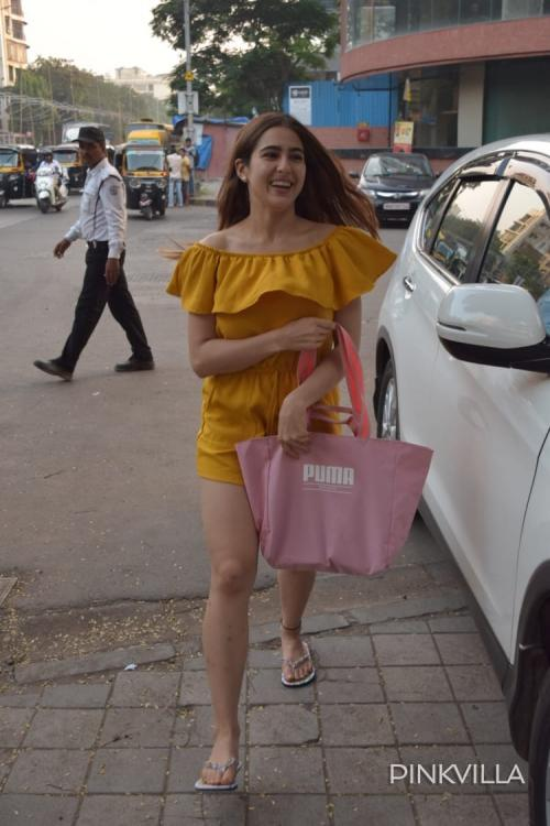 WATCH: Sara Ali Khan giving her fan a warm hug after being asked for an autograph is overwhelming