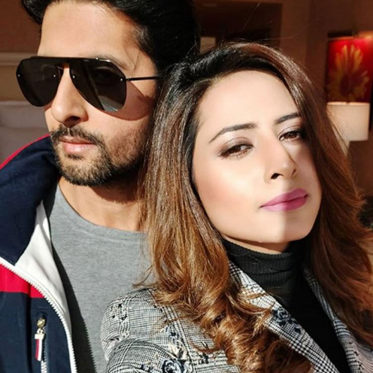 Sargun Mehta's sun-kissed picture with husband Ravi Dubey is all things love; See Pic