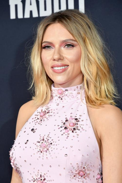 Scarlett Johansson REVEALS to have been 'wiped out ...