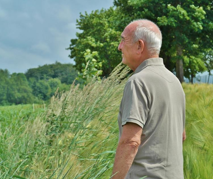 Staying fit: EASY exercise ideas for seniors