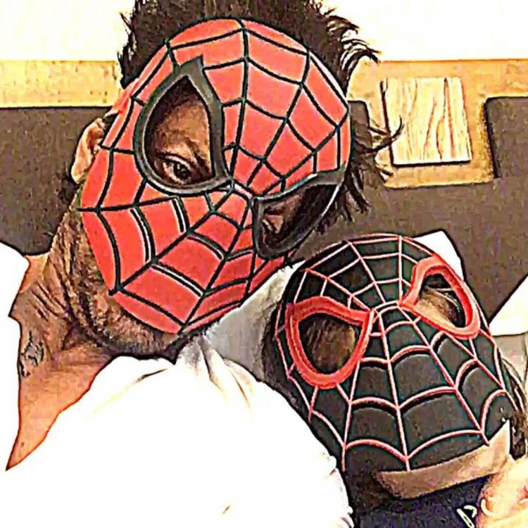 Shah Rukh Khan and AbRam disguise themselves as red and black Spider Man; Say 'together we are unbeatable'