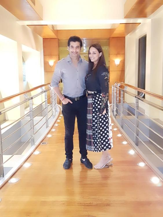 Ssharad Malhotra CONFIRMS his forthcoming wedding with girlfriend Ripci Bhatia, REVEALS how he met her