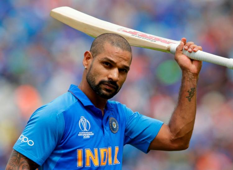 Shikhar Dhawan who suffered from a hairline fracture picks up bat for the first time post injury