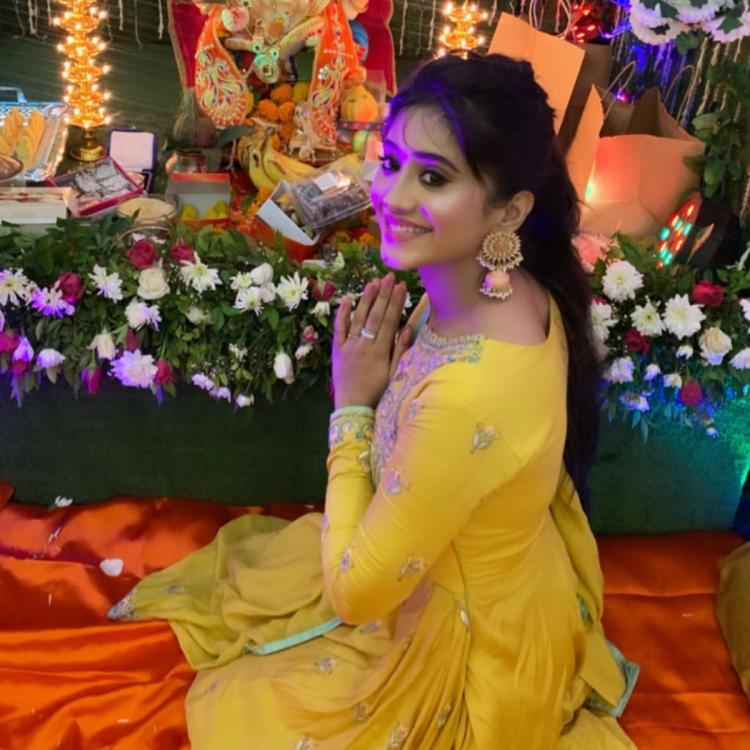 PHOTO: Shivangi Joshi looks ethereal in a yellow ethnic outfit for Ganesh Chaturthi celebrations; Check it out