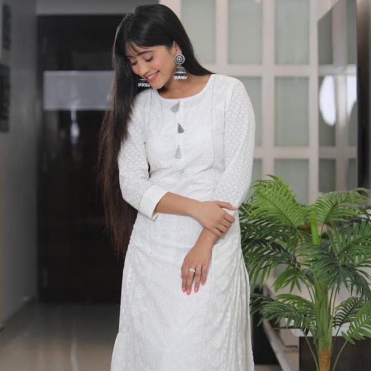 Yeh Rishta Kya Kehlata Hai's Shivangi Joshi is a vision in white as she wishes fans on Dussehra; See Pics