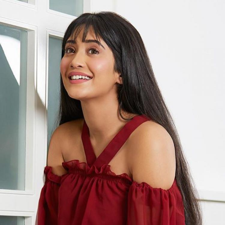 PHOTOS: Shivangi Joshi looks vivacious in red as she poses for a photoshoot