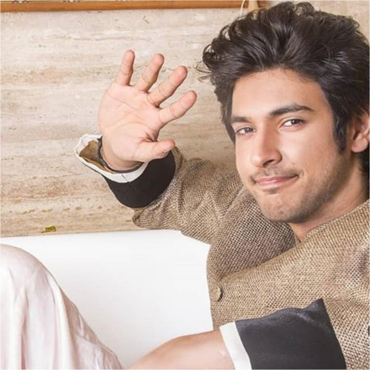 Shivin Narang explains the importance of mental health amid Coronavirus lockdown in a quirky way; Check it out