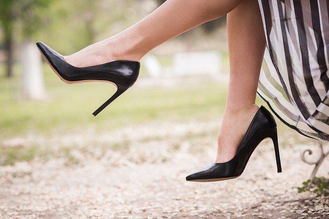 Love shoes but hate shoe bites? Here's how you get rid of shoe bite naturally