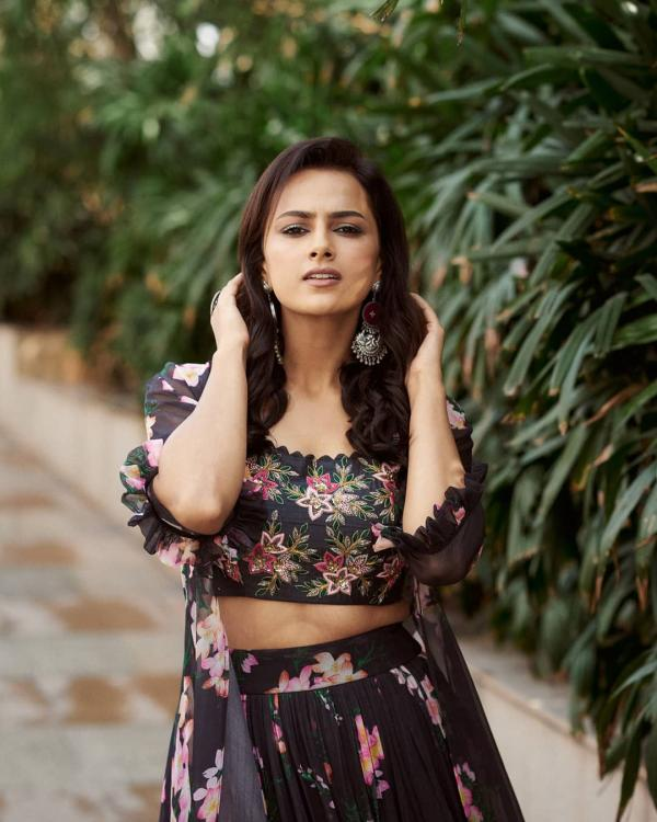 Jersey actress Shraddha Srinath chooses Nani over Yash; says 'She doesn't know him that well'