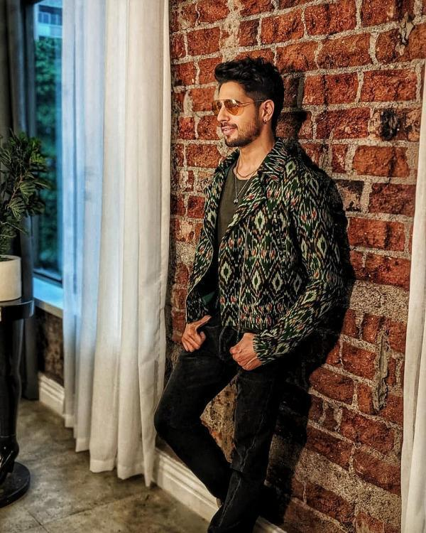 Shershaah's Kashmir schedule forces Sidharth Malhotra to break this 7 years long tradition; check it out