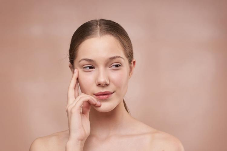 Want to have a glass skin? Try THIS Korean skincare regime right away