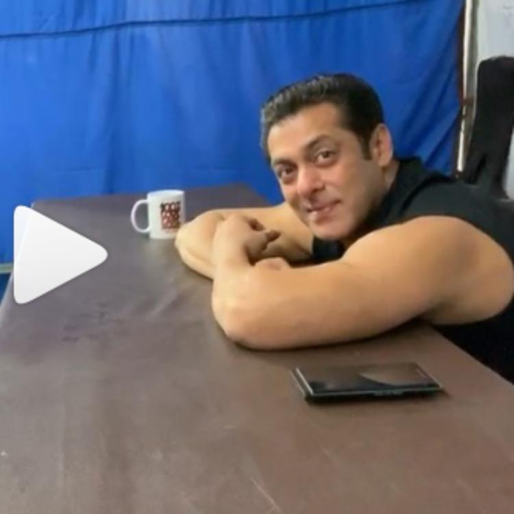 Salman Khan getting engrossed in a little girl's song will melt your hearts; WATCH video