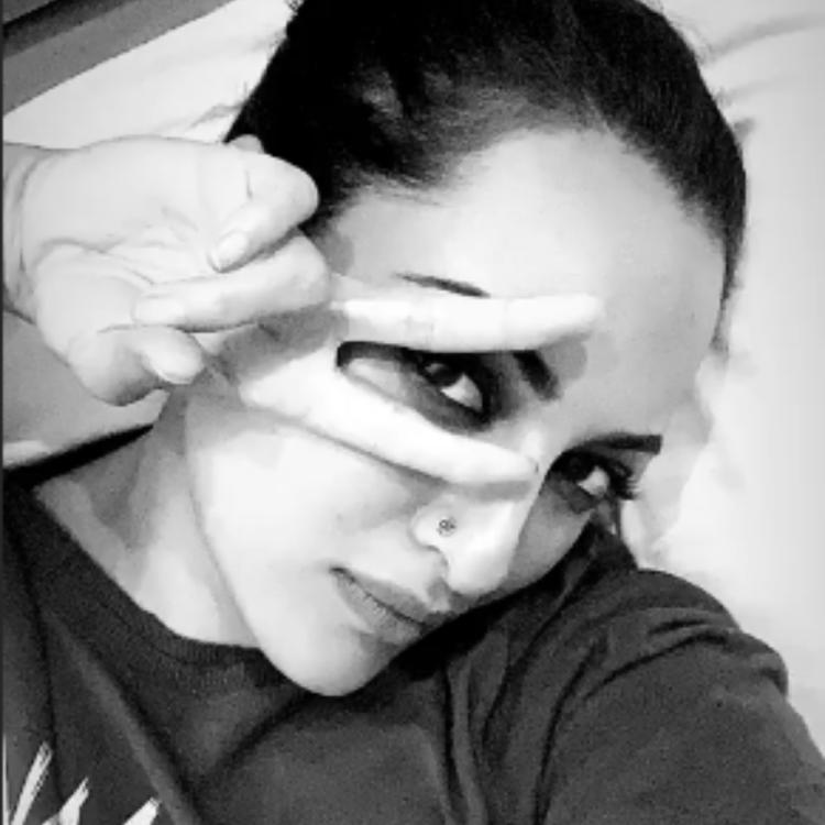 Sonakshi Sinha shares a happy selfie as she enjoys the perks of a pack up