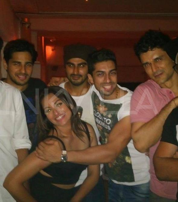 inside pictures from sonakshi sinha s birthday bash pinkvilla