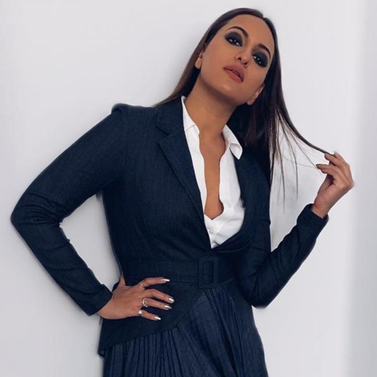 Sonakshi Sinha gives us major boss lady vibes in a blazer and skirt combination & we are all for it