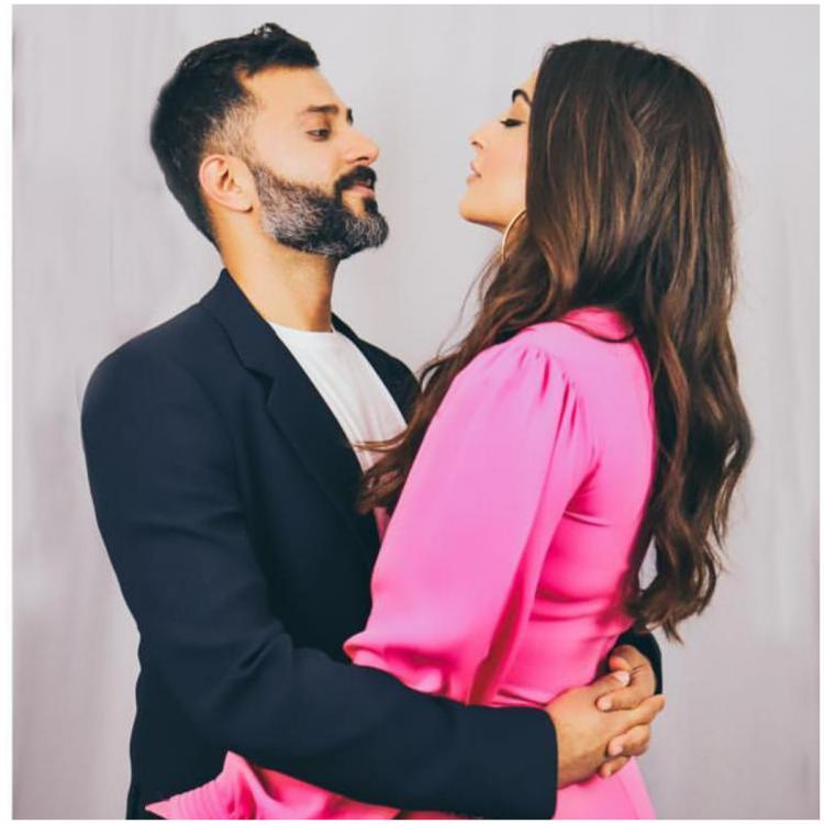 Sonam Kapoor has a question for husband Anand Ahuja and we are all wondering what the answer is