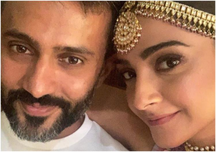 Sonam Kapoor receives a surprise visit from husband Anand Ahuja on the sets