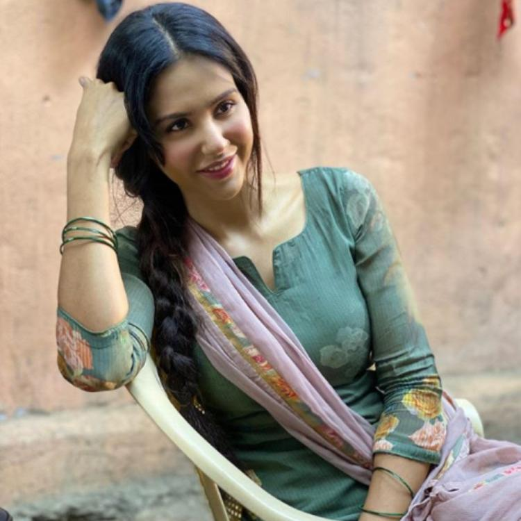 PHOTO: Sonam Bajwa flaunts her infectious smile as she strikes a pose in a traditional attire; Check it out