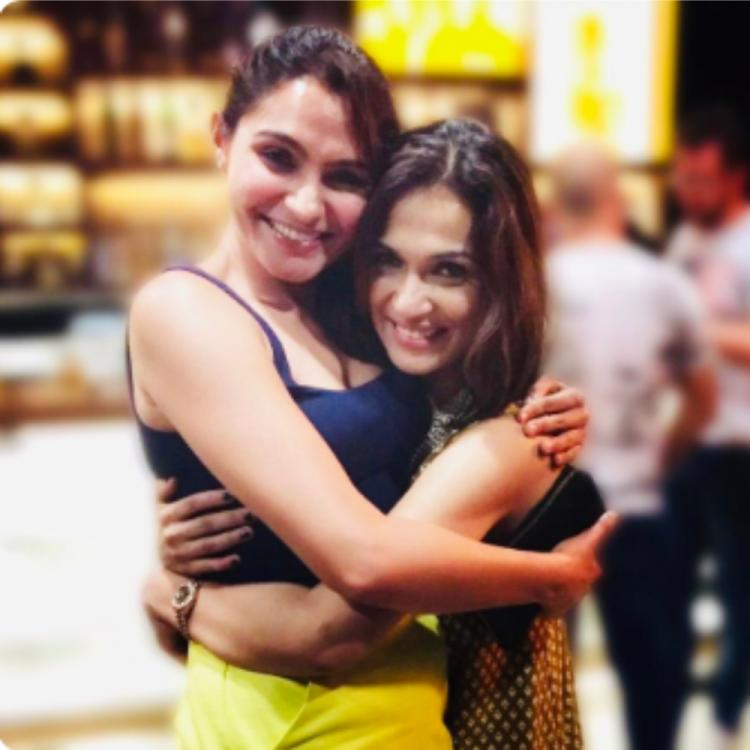 Rajinikanth's daughter Soundarya and actress Andrea Jeremiah set BFF goals as they pose together for pictures